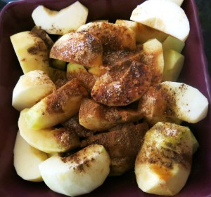 Apples Wedges with Spices