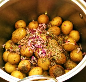 Pan-Roasted Stovetop Potatoes with Herbs and Red Onion