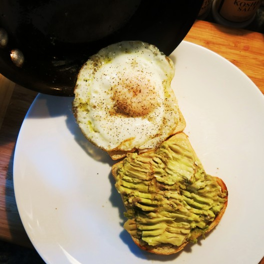 Perfect Fried Egg joining the Avocado
