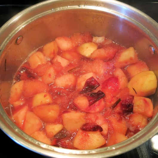 Spiced Pear-Plum Applesauce