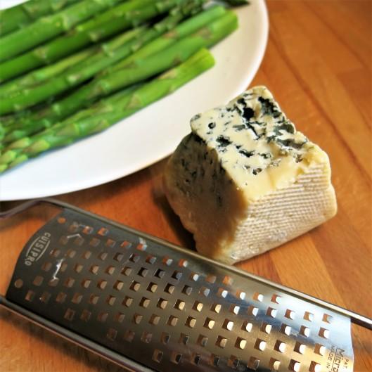 Bleu Cheese for Asparagus with Bleu Cheese