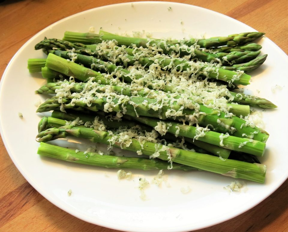 Asparagus with Bleu Cheese