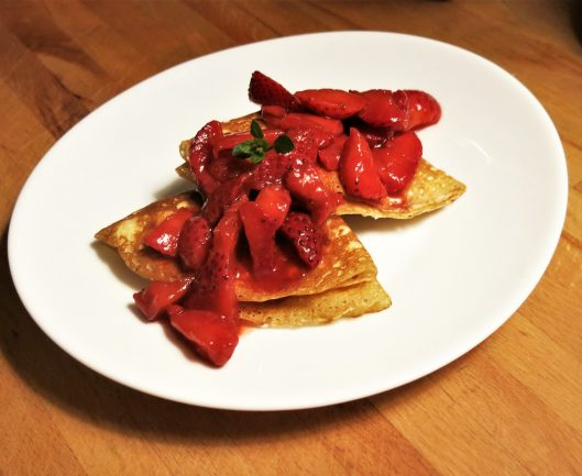 Crêpes with Ricotta-Mascarpone Filling & Strawberries