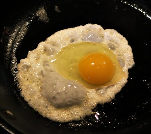 Fried Egg for Ham & Cheese Filled Crêpe with an Egg Top Hat