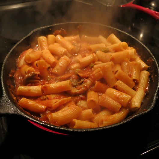 Rigatoni with Sauce for Twisted Chicken Parmesan
