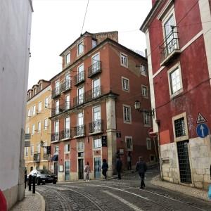 Street Near Castelo do São Jorge