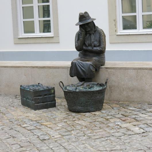 Statue at the Loulé Market