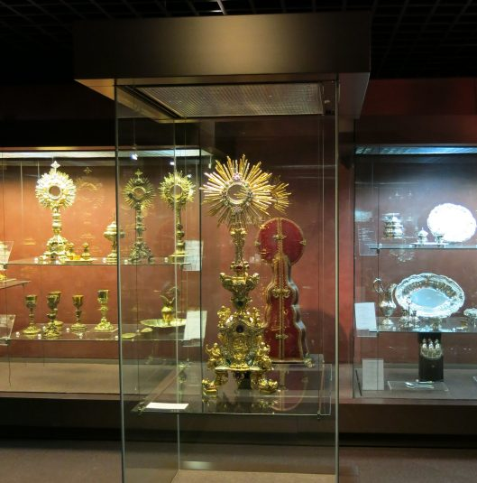 Monstrance with Carrying Case - Lisbon