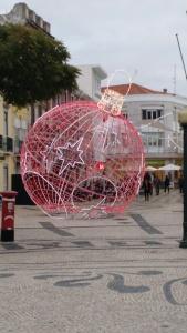 Christmas Decorations, Faro