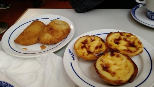 Pastéis de Nata and Risoles de Camarões