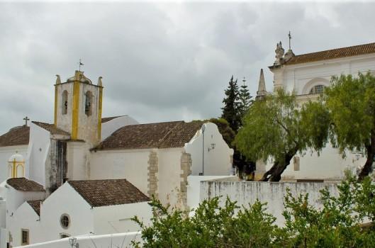 Igreja de Santiago and Igreja de Santa Maria do Castelo - Tavira