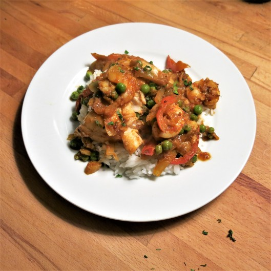 Fish & Shrimp in Tomato Curry Sauce