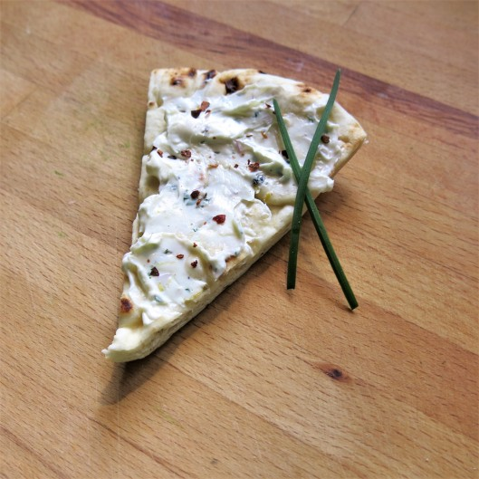 Creamy Herb, Garlic and Lemon Spread