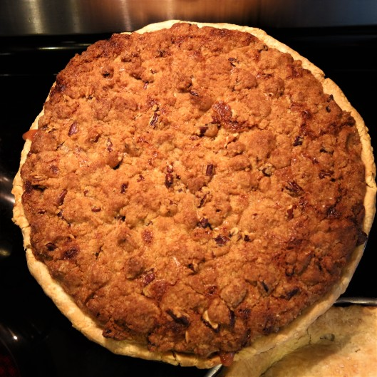 Stone Fruit Pie with Streusel Topping